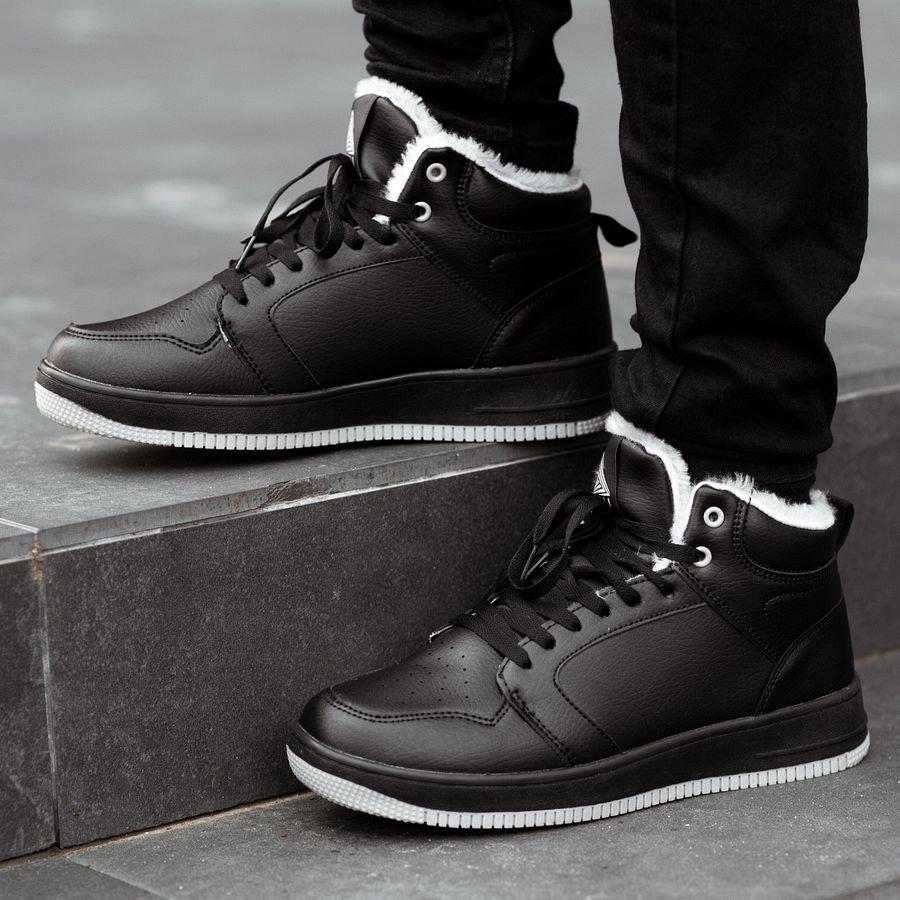 Мужские зимние кроссовки на меху 0957