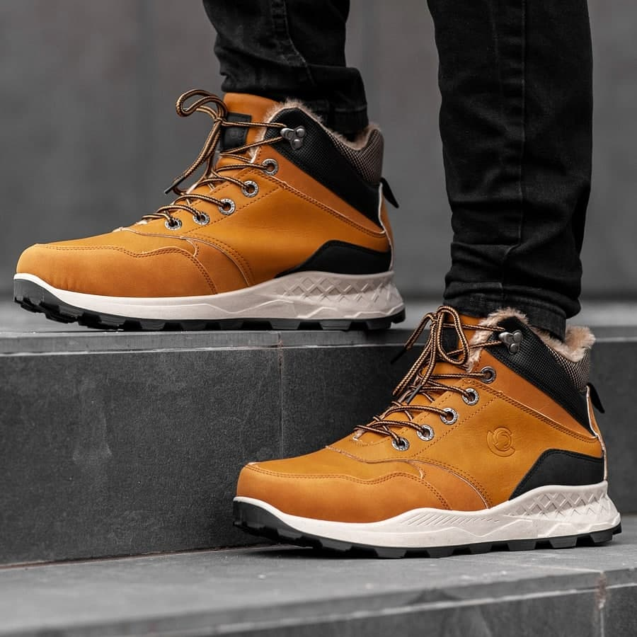 Мужские зимние ботинки на меху 0973