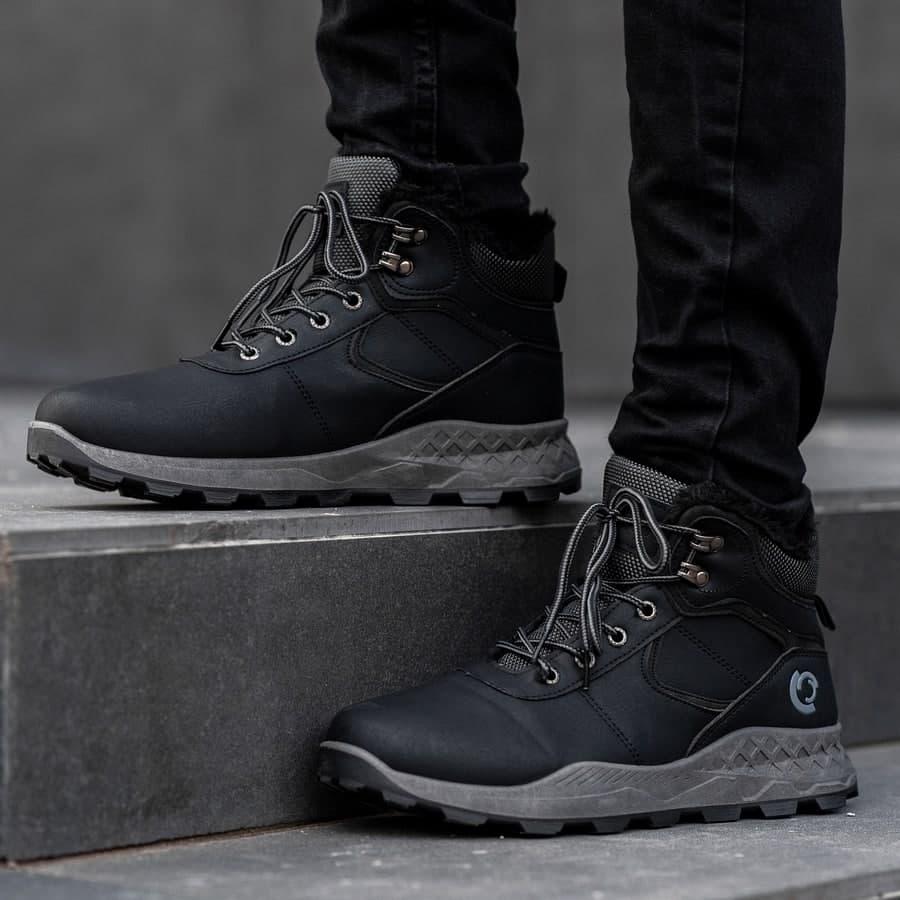 Мужские зимние ботинки на меху 0970