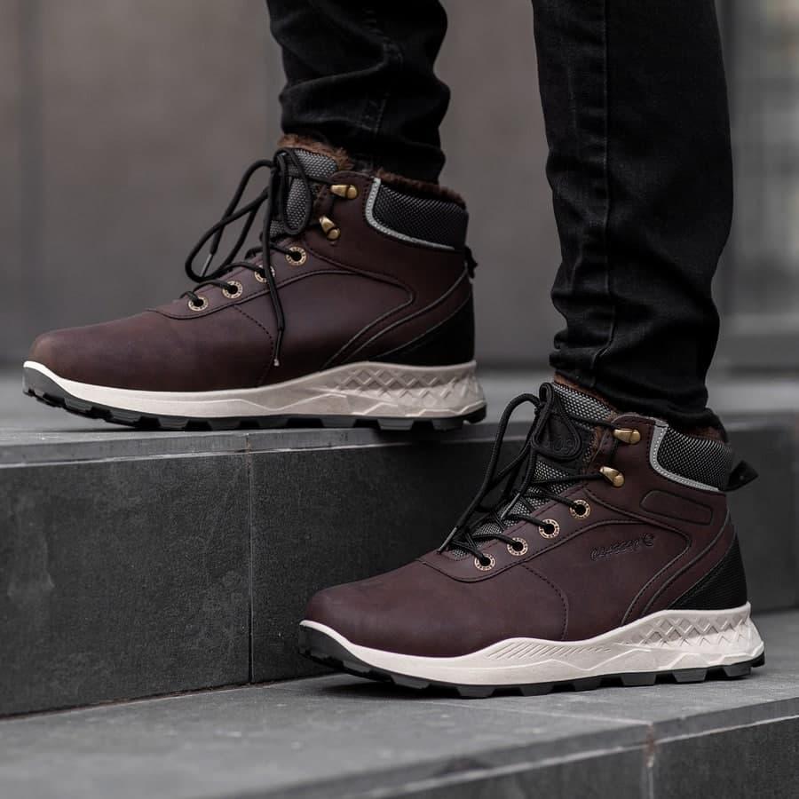 Мужские зимние ботинки на меху 0972